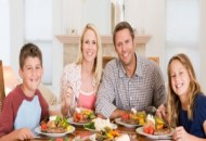 Top 10 Reasons to Eat Family Dinner Together