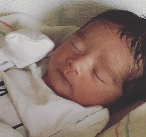 Jessica Alba Gives Birth to a Baby Boy named Hayes Alba Warren