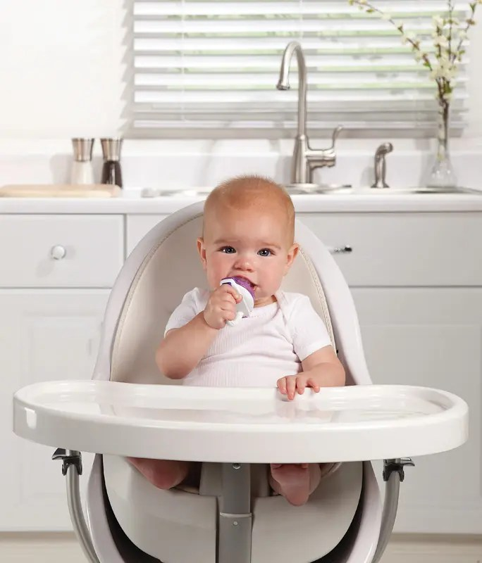 Nursery-products-wholesaler-of-Munchkin-Baby-Food-Feeder-MKN-ACC06-11