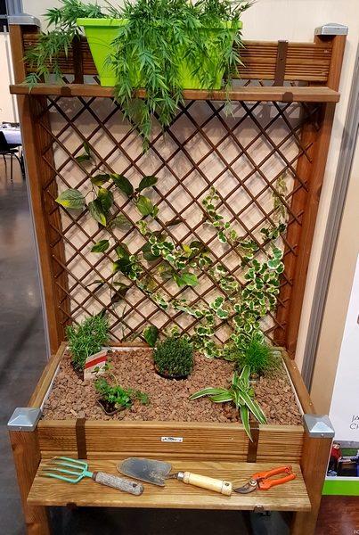 bac treillis jardinage de proximit facile et sans se. Black Bedroom Furniture Sets. Home Design Ideas
