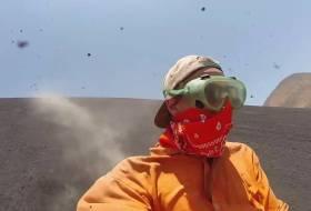 """Llevamos un Drone y una GoPro para filmar el """"Volcano Boarding"""" (descenso) del Cerro Negro. Este es el video"""