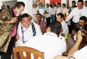 En el Aeropuerto de Nicaragua celebraron el Día del Padre con strippers (hay fotos)