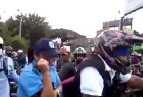 El video viral de como La Paz Centro puso en su lugar a la Policía de Nicaragua