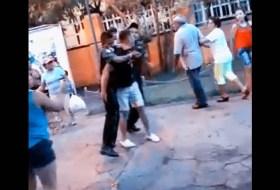 Nunca lleven patines propios al Luis Alfonso, te caen en pandilla #video