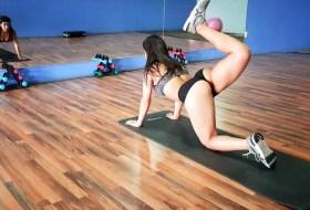 Ya viene Semana Santa y Anabella Galeano quiere que bajes la panza #fit #sexy