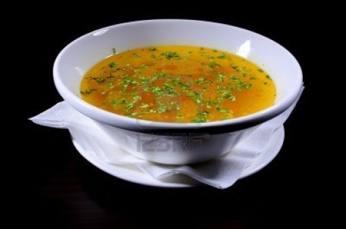 chicken-soup-with-vegetables-shooted-in-studio