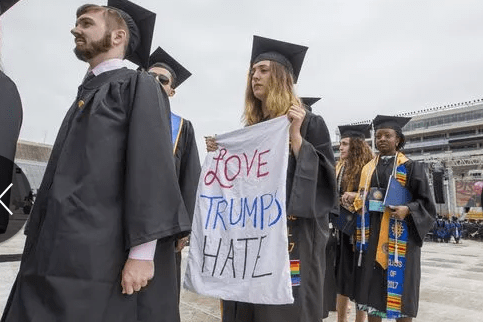 Notre Dame Students Walk Out On Mike Pence's Commencement Speech At Graduation