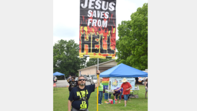 "Anti-Gay ""Christian"" Sues City For Not Being Allowed To Troll PRIDE Festival"