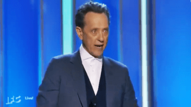 Actor Richard E. Grant Dedicates Indie Spirit Award to AIDS Victims