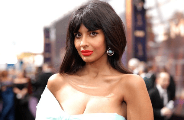 """The Good Place"" Actress Jameela Jamil Comes Out As Queer"