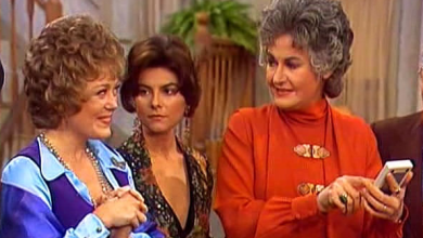 "Gay Television History 12/3/77 - MAUDE: ""The Gay Bar"" (Full Episode)"