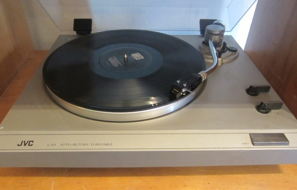 -SOLD- JVC L-A11 Turntable