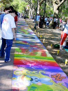 http://commons.wikimedia.org/wiki/Image:SCAD_Sidewalk_Arts_Festival.jpg, licensed under Creative Commons Attribution ShareAlike 2.0 License (cc-by-sa-2.0)