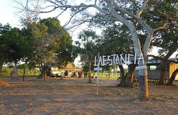 Un bar au milieu de la Pampa