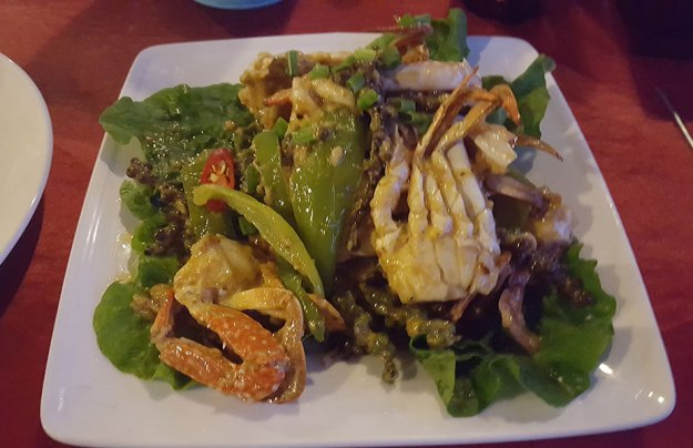 Le crabe au poivre vert est un des incontournables du Cambodge