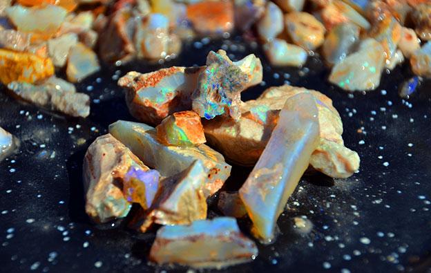 White Opal et Crystal Opal