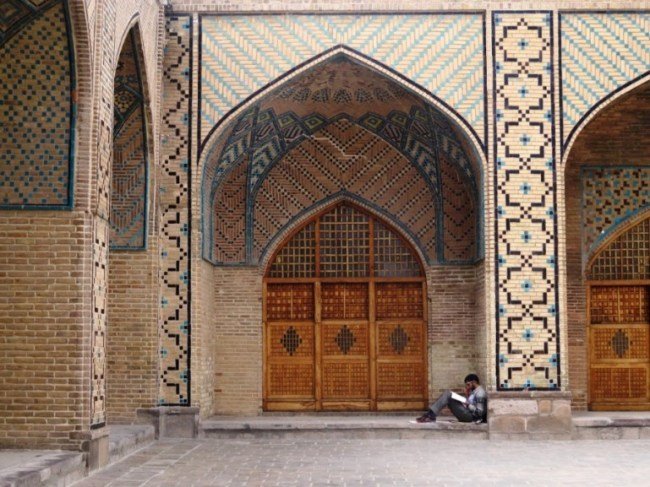 jame mosque in qazvin