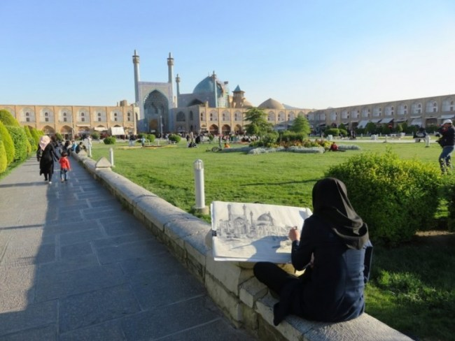 Naqsge Jahan square is one of tge top things to do in Isfahan