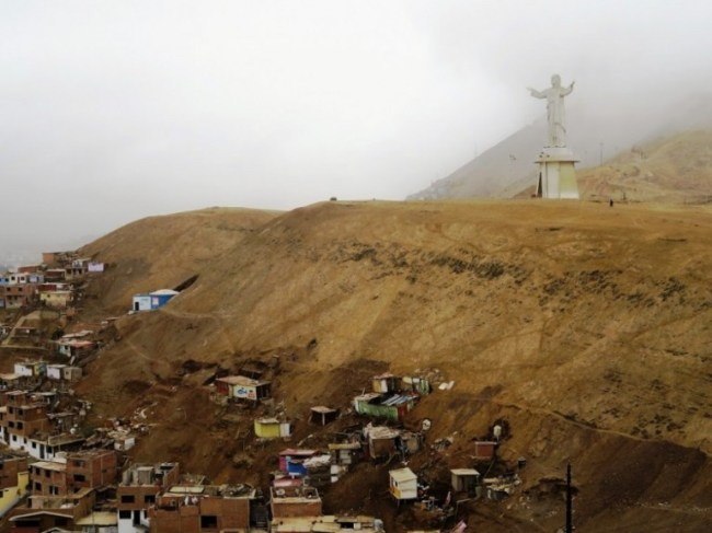 Cristo del Pacifico overlooking the suburbs from Lima. One of the stops we made with Peru hop on the way from Lima to machu pichu