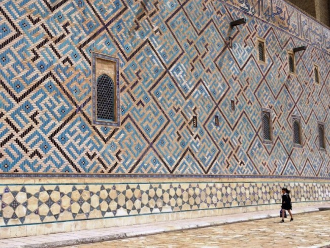 The blue tiles of the mausoleum on Turkestan. A must visit in your Kazakhstan itinerary