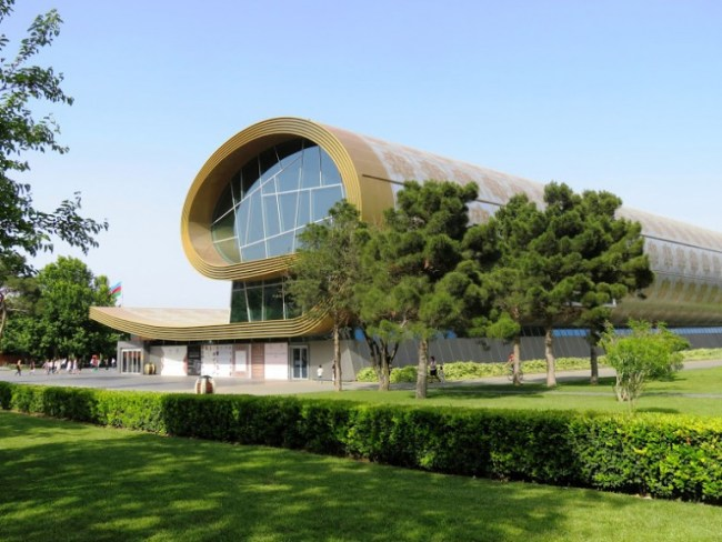 The carpet museum in Baku is one of the fun things to do in Baku