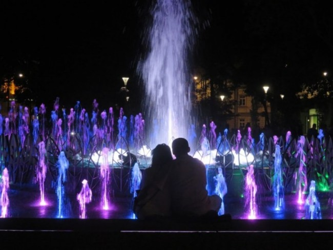 Multimedia show at the Litewski fountains in Lublin is a great thing to do in Lublin in summer