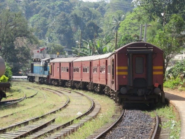 The Kandy to Ella Train on Peradeniya station