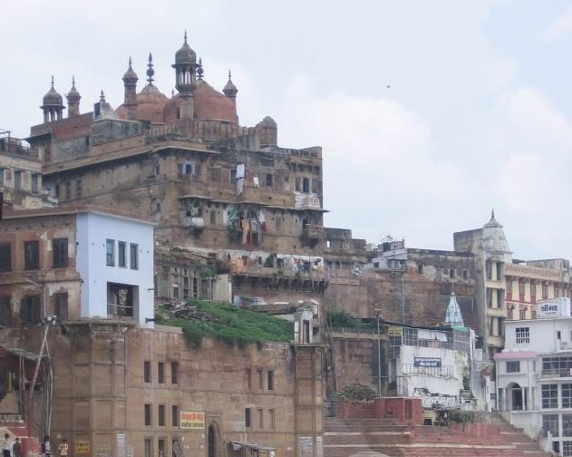 Alamjir mosque in Varanasi