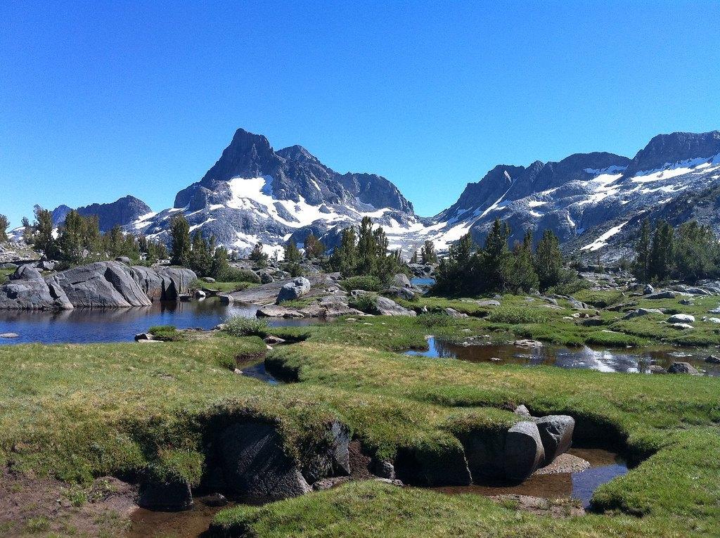 4.The John Muir Trail CALIFORNIA