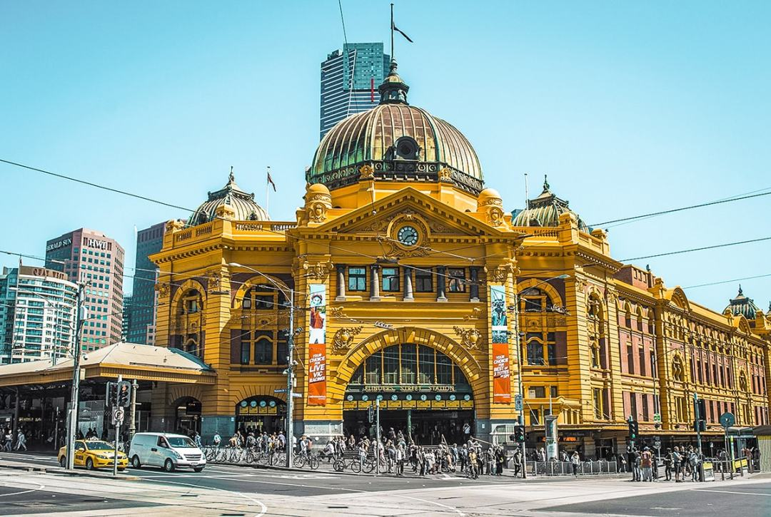 A Backpackers Travel Guide To Melbourne, Australia | Backpacking Australia | Backpacking Melbourne | What to do Melbourne | How much does Melbourne cost | Daily budget | Where to sleep | Where to eat | Melbourne City | St Kilda | How to travel around Melbourne | Trams Melbourne | Backpackers Wanderlust