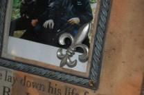 Fleur de lis on a picture frame