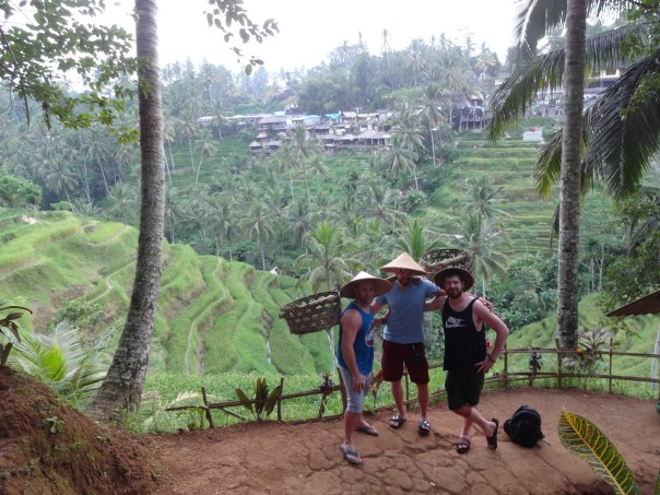 Pat, Chris and I posing with some authentic rice field attire (Ubud, Indonesia, 2016).