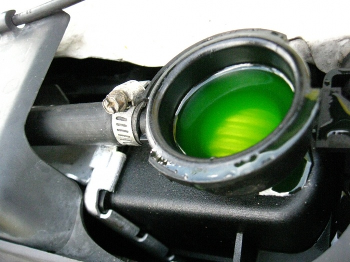 Coolant 1 - How To Prepare Your Car For Summer
