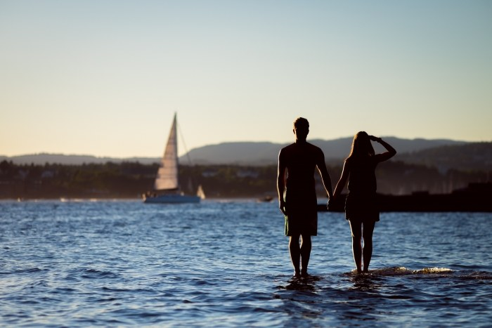 Couples that sail together - hike together