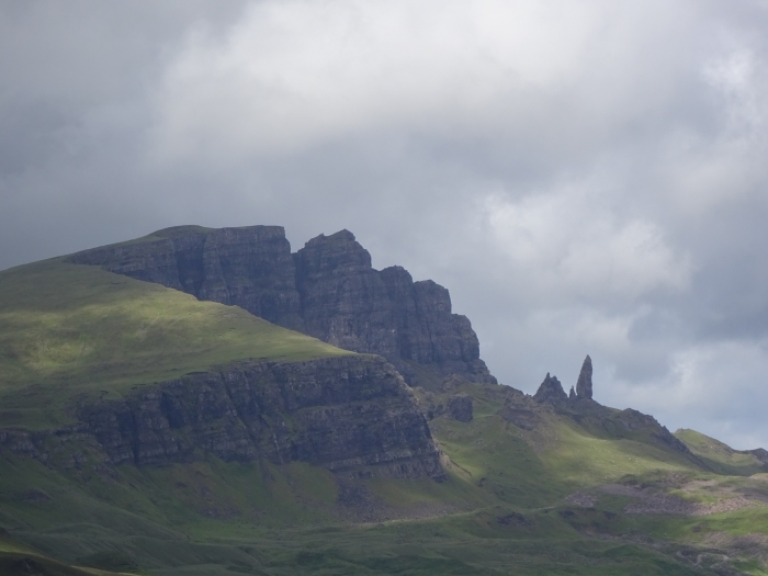 old-man-of-storr-and-cliffs