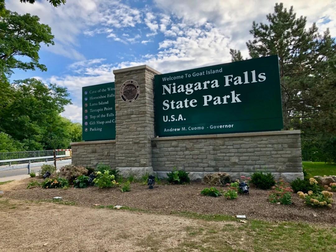 Niagara Falls SP sign - 3 Awe-Inspiring Niagara Falls USA Attractions