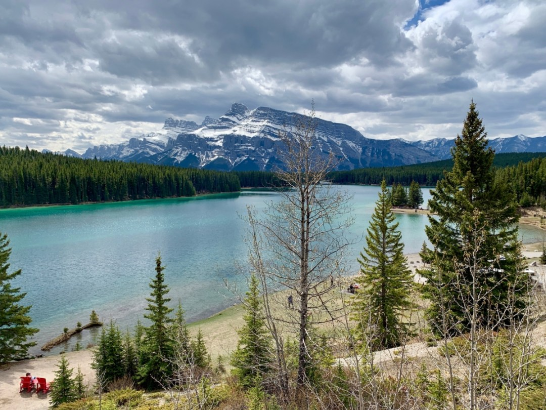 Two Jack Lake Mount Rundle 1 - The Best Sites & Activities for a Town of Banff Adventure