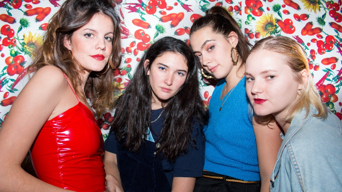 Promo image of Hinds for The Club single release