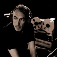 "NEWS: Yann Tiersen releases RSD 12""; hear a remix of 'Diouz An Noz'; 2021 tour dates announced"