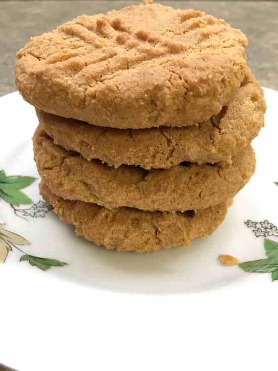 The Easiest Gluten-Free Peanut Butter Cookies Around