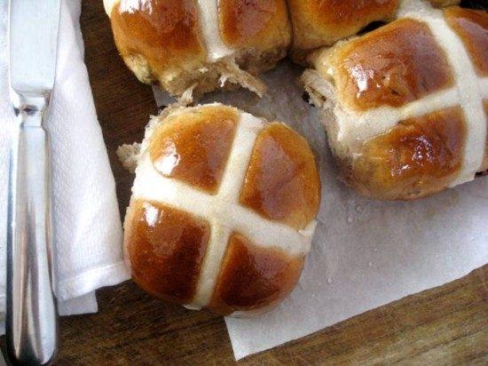 Hot Cross Buns - Annie's Home