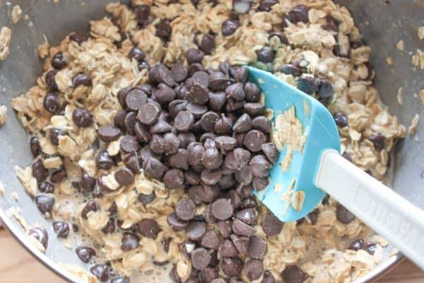 Banana and chocolate chip muffin recipe