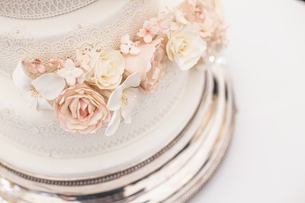 wedding cakes for the royal family and southern brides