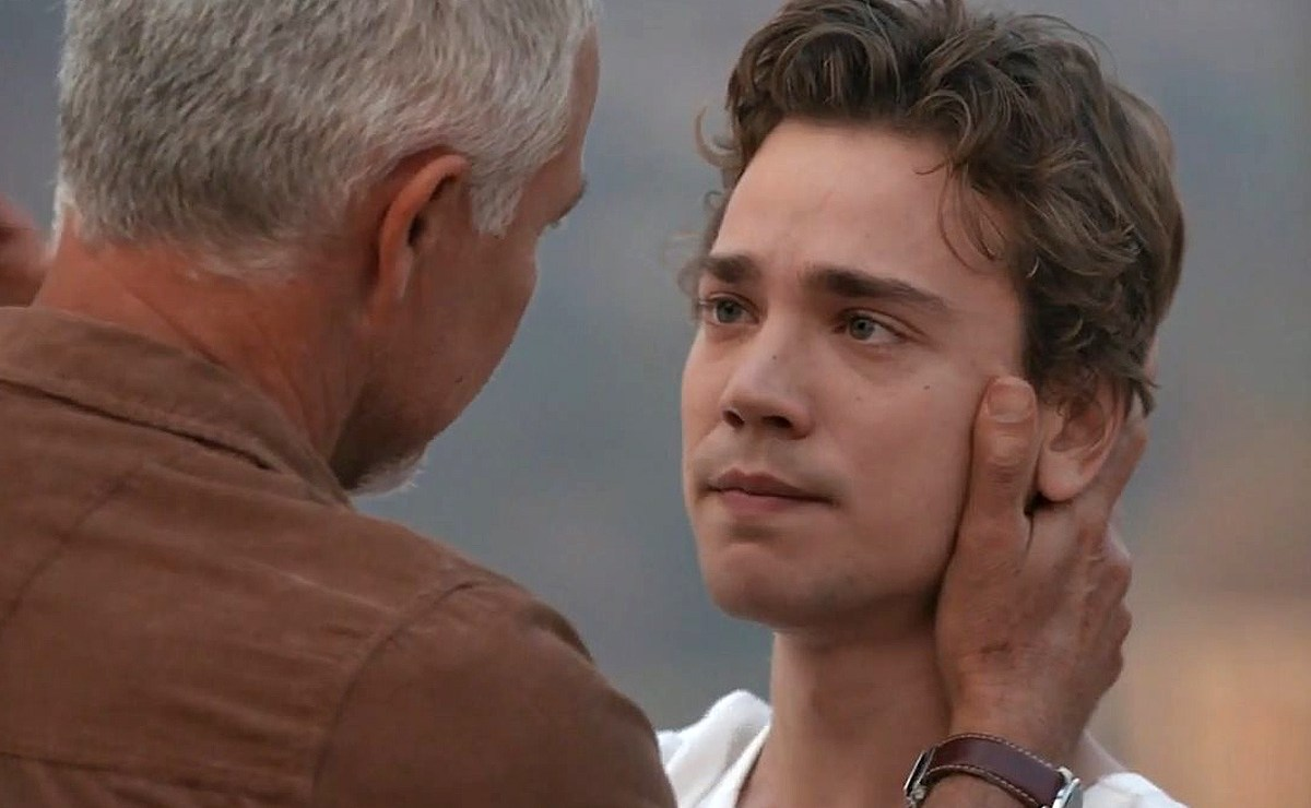 Home and Away Spoilers — Ryder bids an emotional goodbye to his father