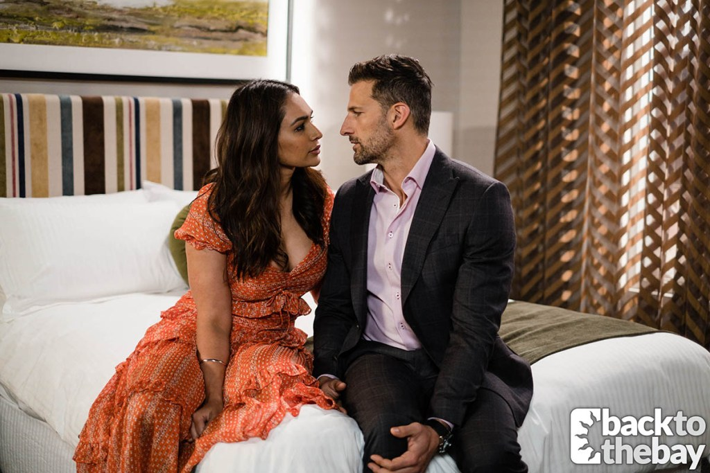 Dipi and Pierce kiss in a Lassiters bedroom in new Neighbours spoilers