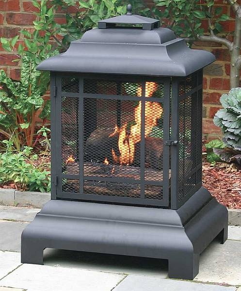 Create your own spring warm up with outdoor fireplaces for Design your own fireplace