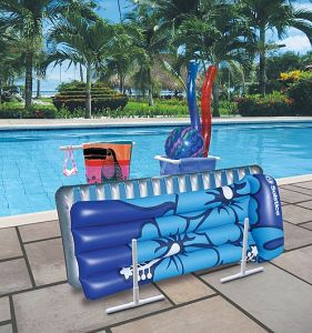 Pool Float and Towel Caddy Keeps Poolsides Tidy - Swimming Pool Blog