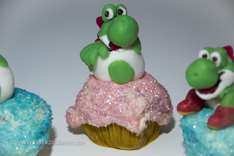 Yoshi's New Island Cupcakes; Yoshi schlüpft
