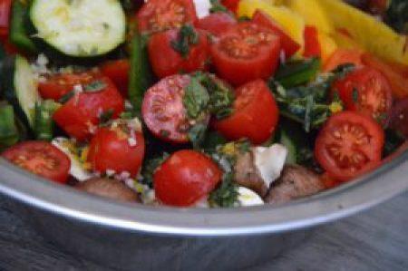 Sommerlicher Grillsalat Rezept