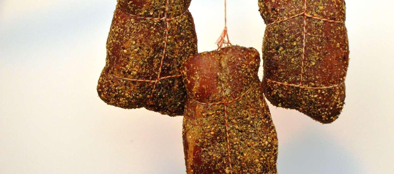 Lachsschinken - Schinken aus dem Schweinerücken - Anleitung/Rezept zum pökeln, räuchern und abhängen.